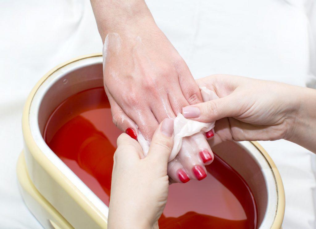 I bagni di paraffina sono efficaci per l'artrosi delle mani?